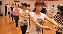 1.専門学校でバックダンサーとしての基礎を学ぶ