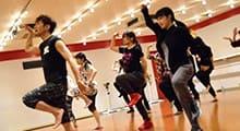 4.バックダンサーに必要なJAZZダンスのバリエーションを専門的にレッスンします