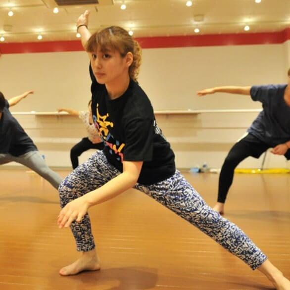 初めてダンスを学ぶ方へ