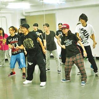 ダンス・芸能専門学校 東京ステップスアーツの年間スケジュール2月の写真1