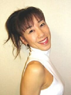 YURI,テーマパーク,ミュージカル,シアターJAZZ,ダンス,芸能,専門学校,スクール,バックダンサー,テーマパークダンサー,プロダンサー,歌手,俳優,モデル,東京,新宿区,高田馬場
