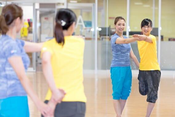 ダンス初心者・専門学校の体験レッスン風景