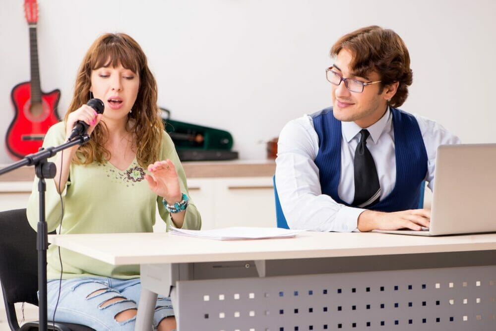 歌手を目指すなら独学より芸能専門学校がおすすめな5つの理由2
